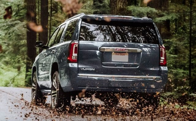 2020 GMC Yukon Denali rear