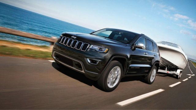 2020 Jeep Grand Cherokee side