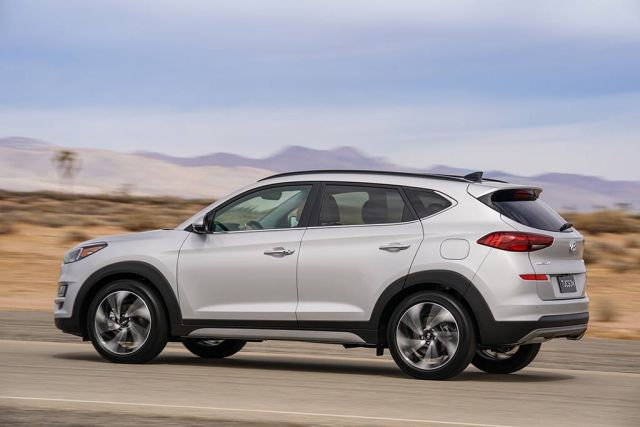 2020 Hyundai Tucson side