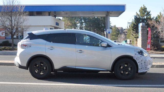 2020 Nissan Murano side