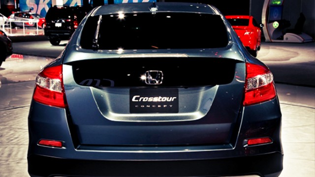 2020 Honda Crosstour rear