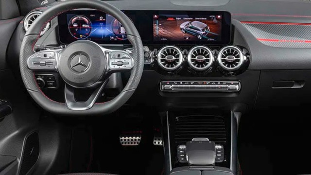 2021 Mercedes-Benz GLA interior