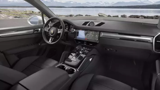 2021 Porsche Cayenne Turbo GT interior
