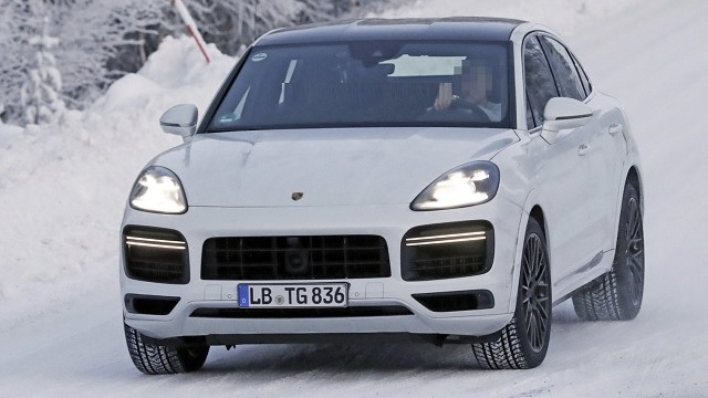 2021 Porsche Cayenne Turbo GT spy shots