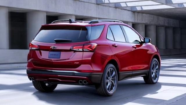 2021 Chevy Equinox rear