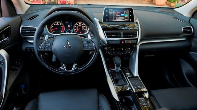 2021 Mitsubishi Eclipse Cross interior