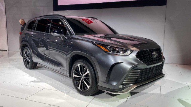 2021 Toyota Highlander XSE styling
