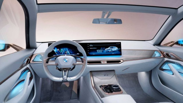 2021 BMW iX interior