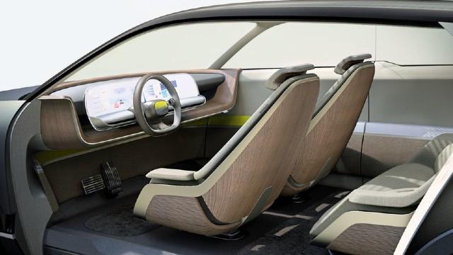 2021 Hyundai 45 interior