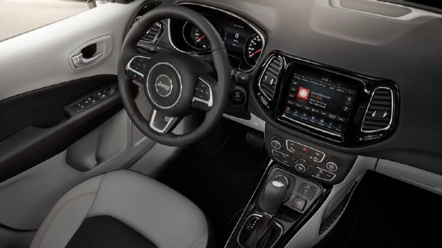 2021 Jeep Grand Compass interior