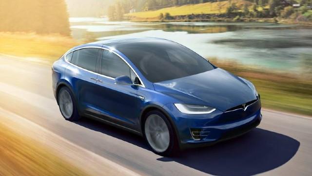 2021 Tesla Model X exterior