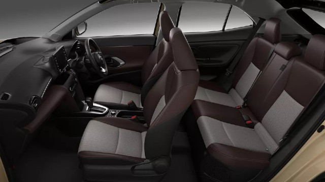 2021 Toyota Yaris Cross interior