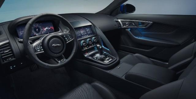 2021 Jaguar J-Pace interior