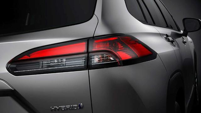 2021 Toyota Corolla Cross hybrid