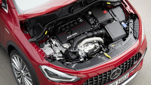 2021 Mercedes-AMG GLA 35 engine