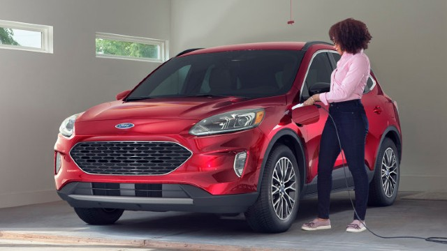 2021 Ford Escape Hybrid charging