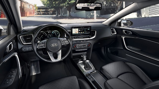 2021 Kia XCeed interior