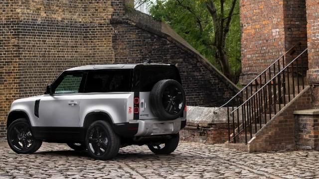 2021 Land Rover Defender 90 exterior