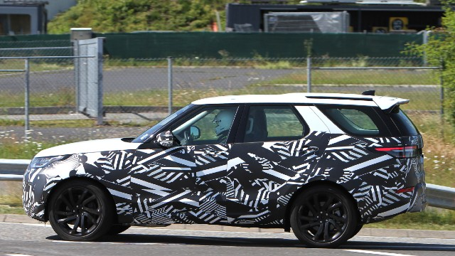 2021 Land Rover Discovery Sport spy photo