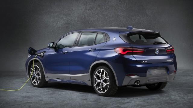 2022 BMW X2 Hybrid
