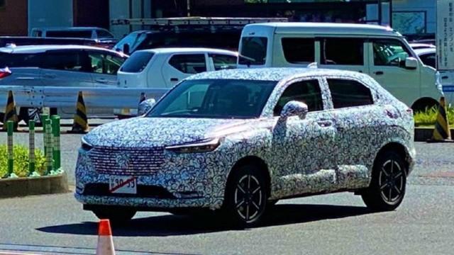 2022 Honda HR-V spy shots