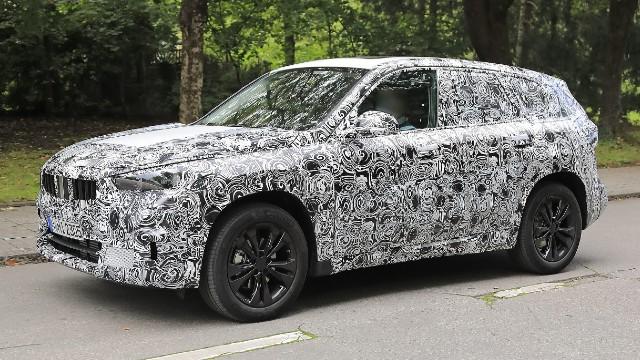 2022 BMW X1 Spy Shots