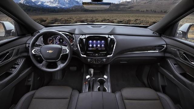 2022 Chevrolet Traverse interior