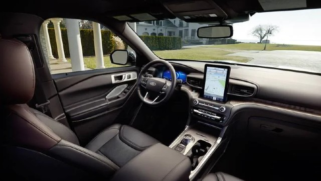 2022 Ford Explorer interior