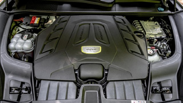 2022 Porsche Cayenne E-Hybrid