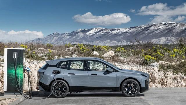 2022 BMW iX electric