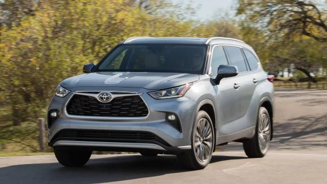 2023 Toyota Highlander hybrid