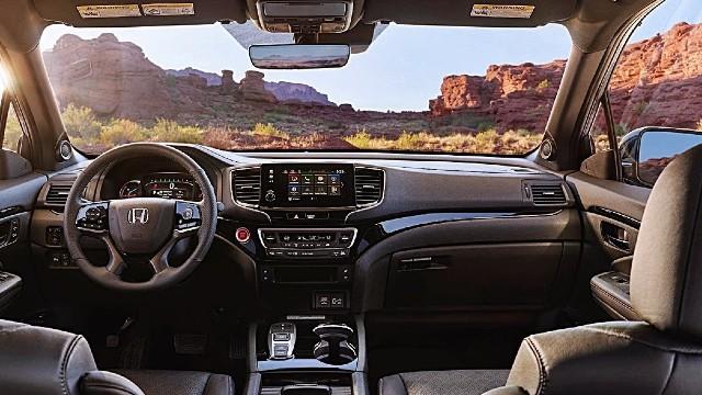 2023 Honda Passport interior