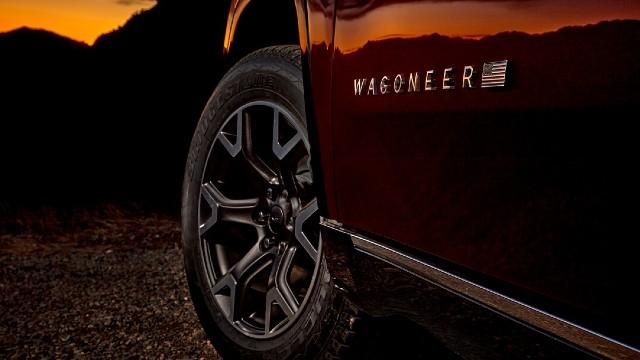 2023 Jeep Wagoneer Trailhawk specs