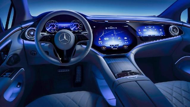 2023 Mercedes-Benz EQS interior