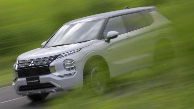 2023 Mitsubishi Outlander release date